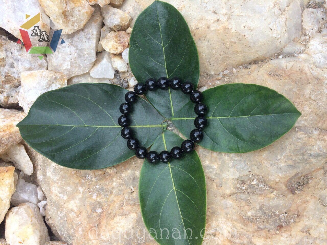 Vòng tay Onyx đen - hợp mệnh với người mệnh Thủy, Mộc tại Đá quý An An