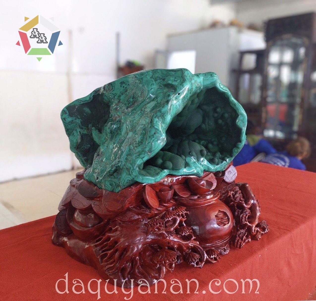 Đá lông công Malachite - sản phẩm tại xưởng đá quý An An