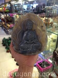Phật Adida Đá Mã Não Khoai Môn