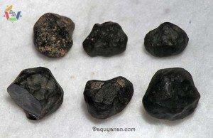 đá Tectit